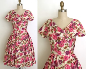 Vintage 1950s dress // 50s rose print summer dress