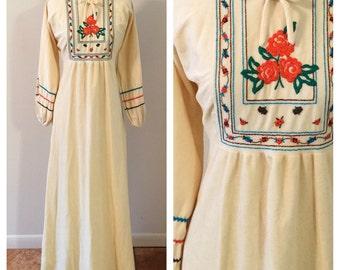 Vintage Boho House Dress. Embroidered Maxi Dress. Vintage Maxi Dress w/ Flowers & Rickrack. Florklore Dress. Soft Cozy House Dress.