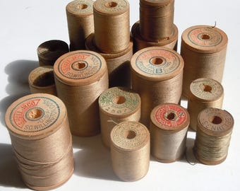 Thread / Vintage Group of Wooden Spools of Beige Thread / Assortment of 16 / Clarks / Belding / Vintage Color Palette