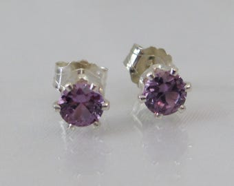 Alexandrite Stud Earrings in Sterling Silver, Color Change Gemstone, 4mm Lab Alexandrite Gemstone, June Birthstone, Alexandrite Jewelry