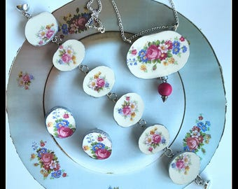 Handmade Finnish broken china fuchsia roses necklace earrings and bracelet with magnet clasp