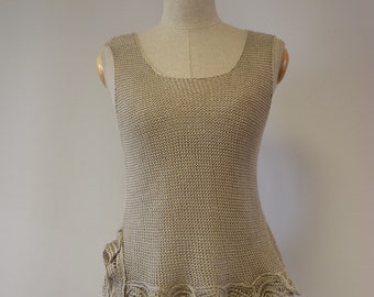 Special price. Exceptional natural linen top, M size. Perfect for Summer, feminine look.