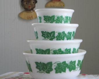 Vintage Hazel Atlas Green Ivy Nested Mixing Bowls