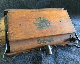 Antique Ewbank Success carpet sweeper