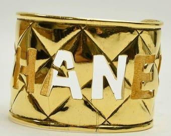 Authentisches Vintage Chanel Kanada