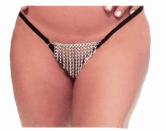 Chain crotchless panties, open crotch, g-string back. Black. 5 sizes available. Perfect for a romantic night.