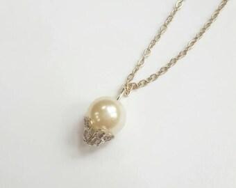 Handmade Elegant Cream Color Drop Pearl Necklace with Q Clasp