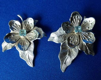 1950s Flower & Leaf Dress Clips