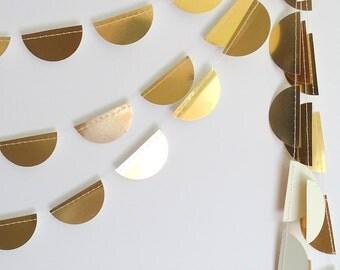 Gold scallop garland- gold bunting, gold half-circle garland, gold scallop bunting, gold foil garland, gold garland, golden scallop garland