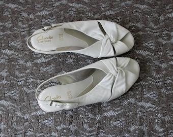 Clarks Vintage White Leather Women Low Heel Summer Sandals Shoes EUR 41.5 UK 7.5 US 9.5
