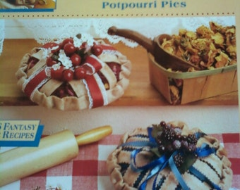 McCall's Creates Potpourri Pies Floral Craft Vintage Project Booklet