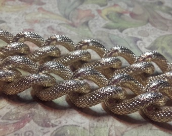 Vintage 70's Gold Plated designer aluminum jewellery Chain 16x12mm