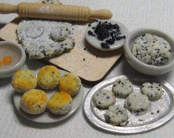 Artisan dollhouse dolls house food Making scones B/13