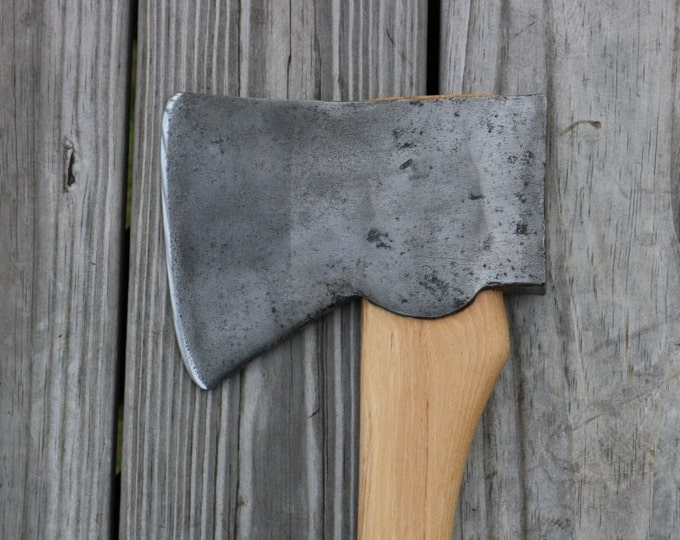 Vintage No name Jersey Axe on a NOS Excellsall American Hickory handle