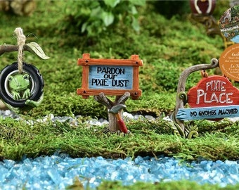 Fairy Garden  - Enchanted Forest - Frog Swing and Two Signs - Miniature
