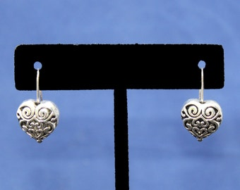 Antique Silver Heart of Hampshire Dangle Earrings with Alloy Wire