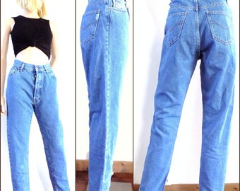 Womens high waisted vintage jeans high rise tapered leg mom jeans Complices jeans size 28 inch waist Leg 30inches