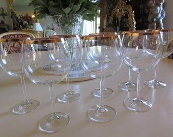EIGHT WINE GLASSES