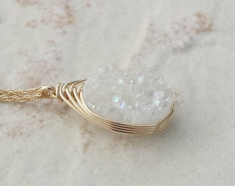Druzy Pendant Necklace/White Druzy/Layering Necklace/Genuine Druzy/Mothers Day Gift/Free Shipping Canada/Bridesmaids Gift/Gifts for Women