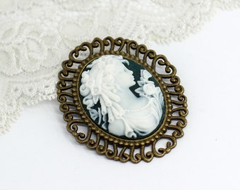 Lady cameo brooch Vintage brooch Victorian brooch Mother day gift for mom gift for women gift for wife gift for her birthday gift for sister
