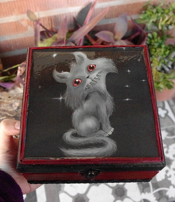 Caja Gato siniestro