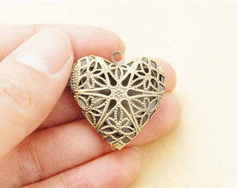 Delicate Hollow-out Heart Locket Charms,26mm Floral Brass Locket,Perfume Locket
