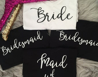 Bride, Bridesmaid, Maid of Honor, Mother of the Bride, Bachelorette Loose V-neck Tee // Bride to be / Gold Foil / Wedding / 8815