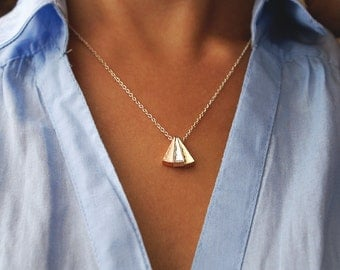 Mixed Metal Necklace, Three Triangles Necklace, Gold Silver Rose Gold Triangles Pendant, Minimal Necklace, Layering Geometric Necklace