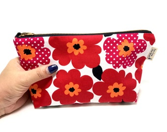 Red poppy Zip pouch, Japanese cotton, Cosmetic pouch, Makeup pouch, Make up bag Gift for her, Mothers day, Cosmetic bag, gift for Mom,