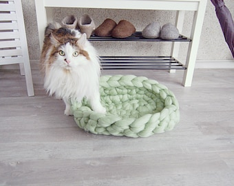 Cat Bed mint - Dog Bed - pet bed - dog furniture - pet basket - merino wool - choose color  - cat furniture - merino wool - chunky knit