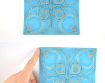 Vintage Ceramic Tile Trivet, Vintage Trivet, Hot Dish Holder, Retro Tile, Kitchen Tile, Retro Kitchen Tile, Light Blue Pattern Tile Coaster