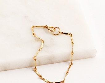 Gold Bracelet, Dainty Gold Bracelet, Gold Layering Bracelet, Gold Bar Bracelet, Bracelet, Gold Bracelet, Gold Chain Bracelet, Gift for Her