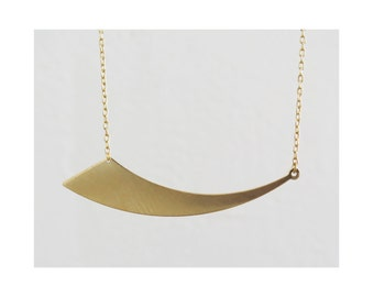 EMA NECKLACE