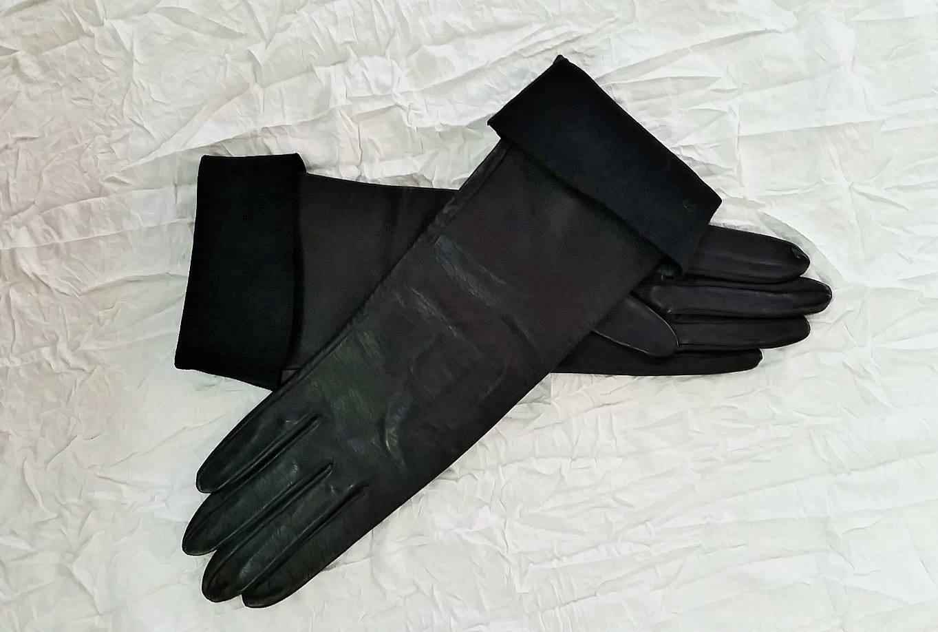 Vintage ladies leather opera gloves -