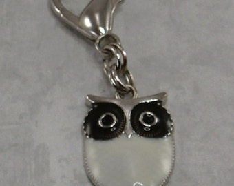Owl Zipper Pull, Purse Charm,Planner Charm, Backpack Charm,White Owl