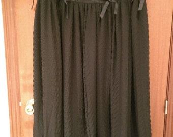 Falda larga gotica