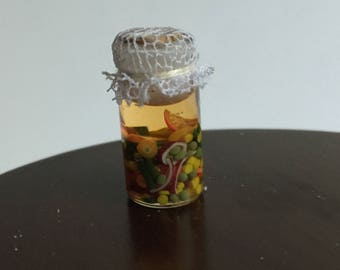 Miniature Dollhouse 1:12 Scale Canned Vegetable Soup