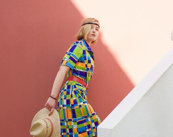 French vintage 60s 1970s Button Up Printed dress / Funky Geometric abstract patchwork graphic colorful pattern Mod Dresss orange green / M