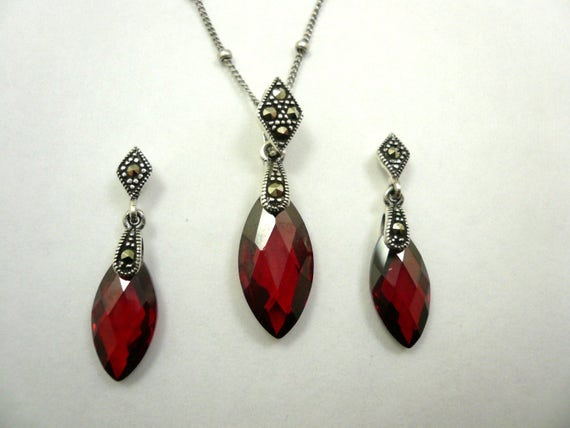 Classic Sterling Silver Marcasite Garnet crystal Pendant and Earrings Set