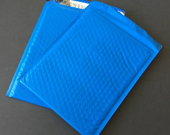 10 8.5 x 12 BLUE  Bubble Mailers Size 2 Self Sealing Shipping Envelopes Valentine Spring Easter