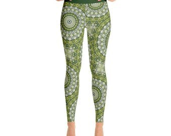 Green Printed Yoga Pants - Abstract Green Snake Mandala Pattern Leggings, Stretchy Leggings Tights