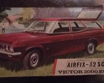Rare model Airfix - 32 Victor Estate (mounted) 1968 2000