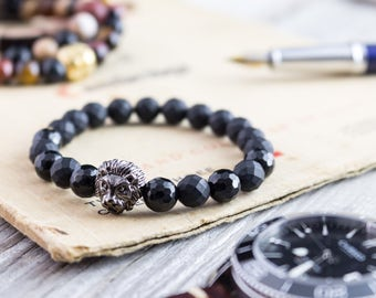 8mm - Matte black faceted onyx beaded stretchy bracelet with gunmetal black Lion head, mens bracelet, womens bracelet, black beaded bracelet