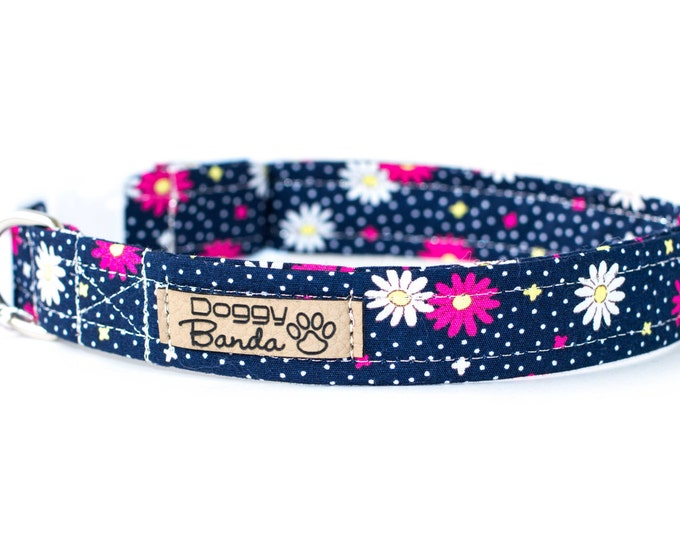 Daisy Dog Collar Navy Blue Dog Collar Flower Girl Dog Collar Unique Cute Dog Collar Floral Girly Dog Collar Spring Feminine Dog Collar Puppy