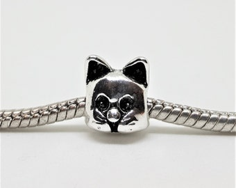 Silver Cat Face Charm for European Bracelets (item 100)
