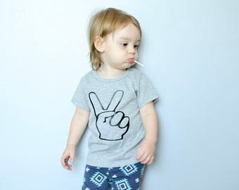 Second Birthday, Look Who's Two, Two Year Old Birthday Shirt, Peace Sign Shirt, Two Year Old Toddler, Peace Shirt, Baby Boy, Toddler Boy
