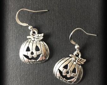 Halloween Pumpkin Earrings, Spooky Jewelry, Halloween Earrings, Antique Silver, Handmade Jewelry, Gothic Gift, Gothic Jewelry, Alternative