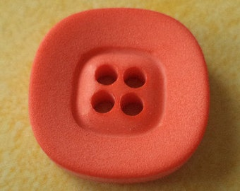 13 orange buttons 15mm (3237)