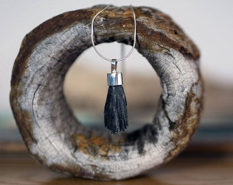 Black kyanite pendant, semi precious pendant, black stone pendant, hand made jewellery, hand made pendant