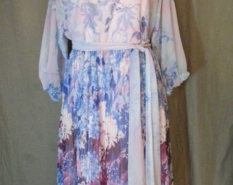 1970s Slouchy Sheer Pink and Purple Floral Gauze Print Dress with Pink Taffeta Lining | Size 6 | Small